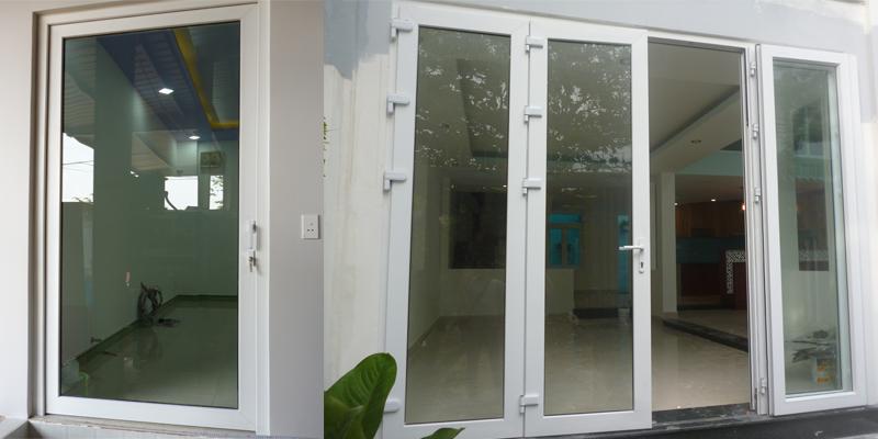 Kích thước cửa cũng ảnh hưởng đến việc xệ cánh ở cửa nhựa uPVC