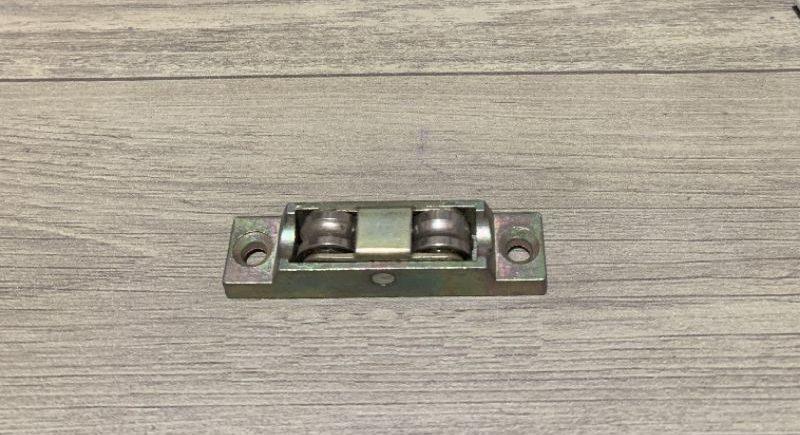 Bánh xe đôi cửa nhựa lõi thép hãng GQ loại 2