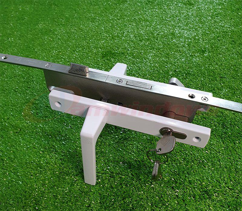 Bộ khóa đa điểm lẫy gà cửa nhựa lõi thép uPVC