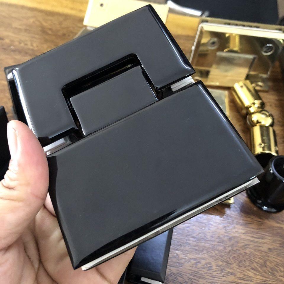 Bản lề kính kính VVP 180 độ màu đen