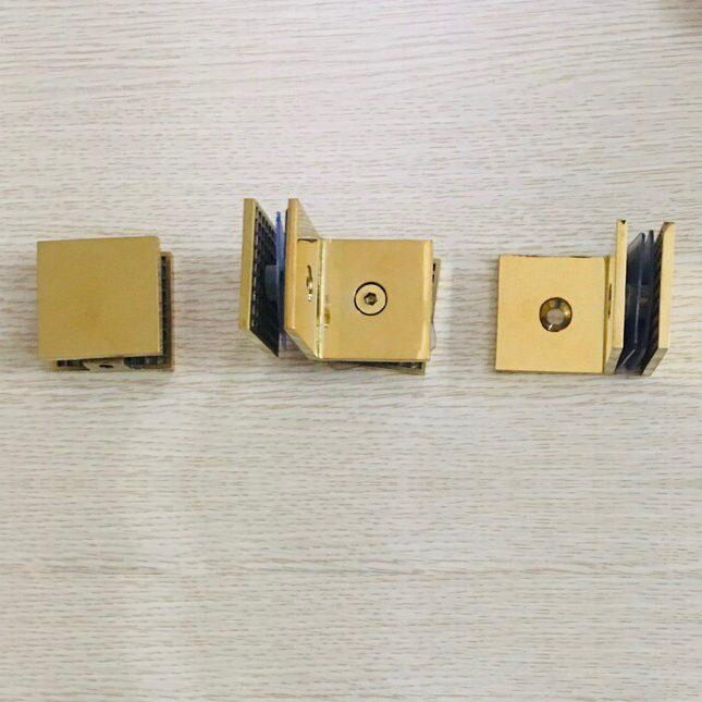 Pát U tường kính 45mm VPP màu vàng